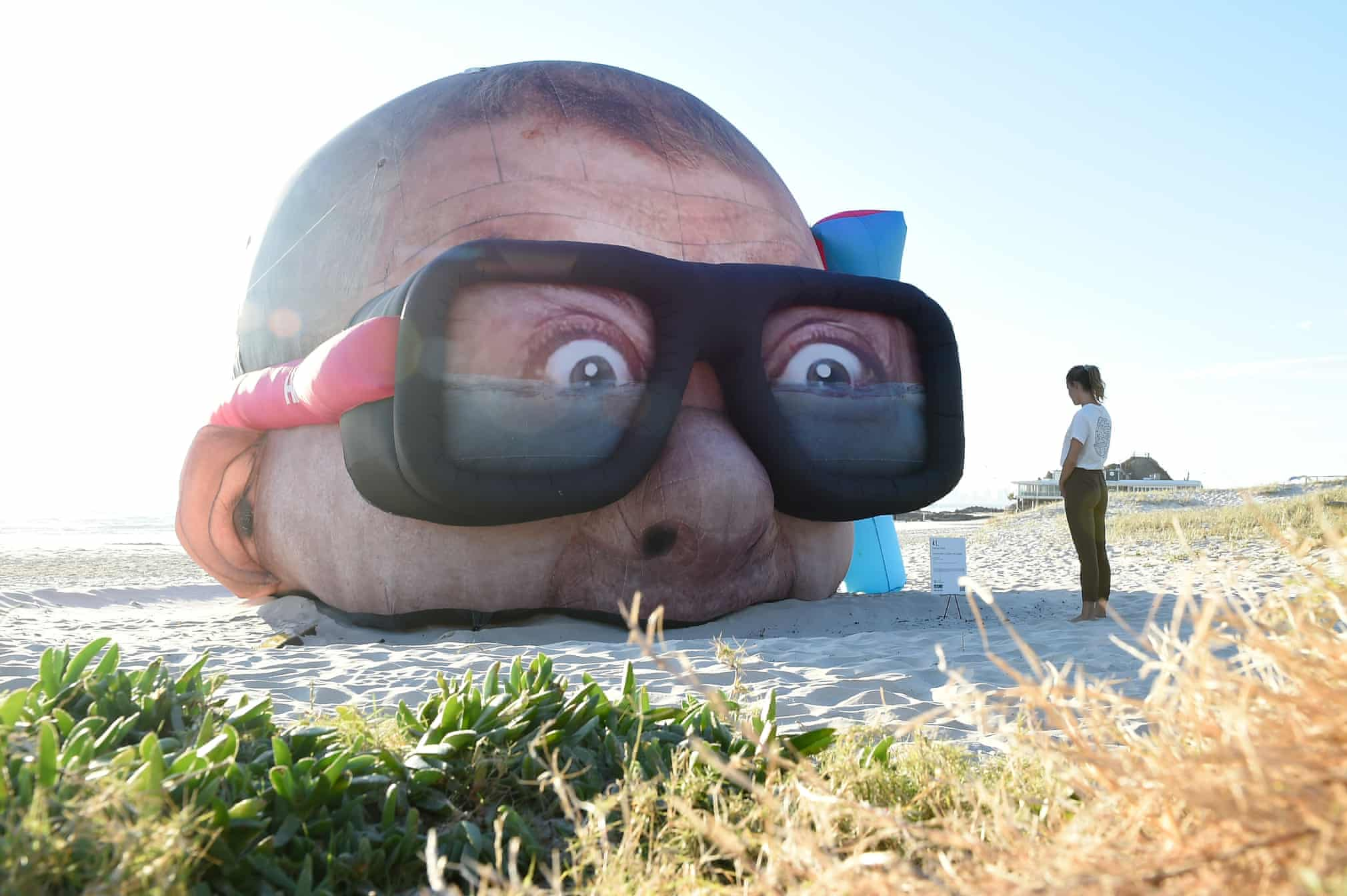 هنر بی نظیر مجسمه سازی در ساحل+عکس
