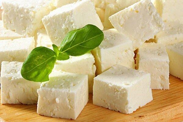 متخصصان:  مصرف پنیر را به حدود یک اونس یا ۲۸ گرم در روز محدود کنید