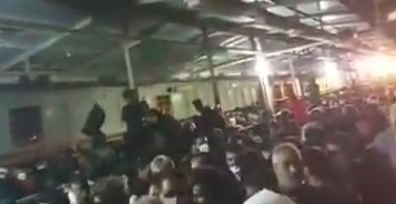 وضعیت نگران کننده زائران در مرز شلمچه+عکس