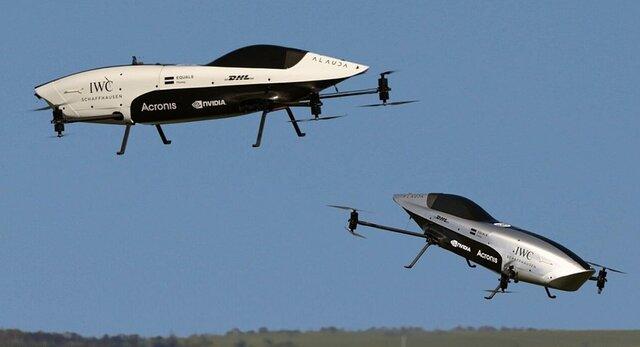 خودروهای بدون سرنشین  ایراسپیدر  بر فراز آسمان