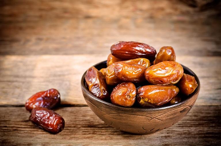 تأثیرات اعجاب انگیز خوردن روزانه خرما بر بدن