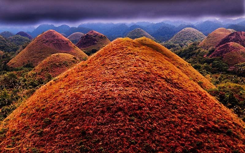 اگر شکلات دوست دارید به این تپهها بروید! + تصاویر