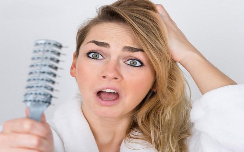 عللی که باعث می شود موهایتان کم پشت شود