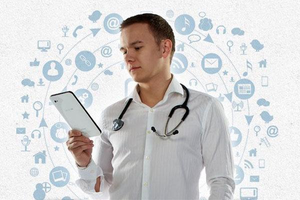 دانشگاه علوم پزشکی مجازی ۵۲ دوره آنلاین بینالمللی برگزار می کند