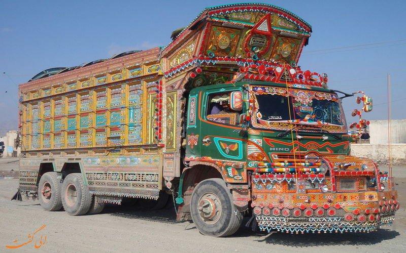 کامیونهای عجیب و غریب پاکستانی مشهور به جینگیل بینگیل + تصاویر