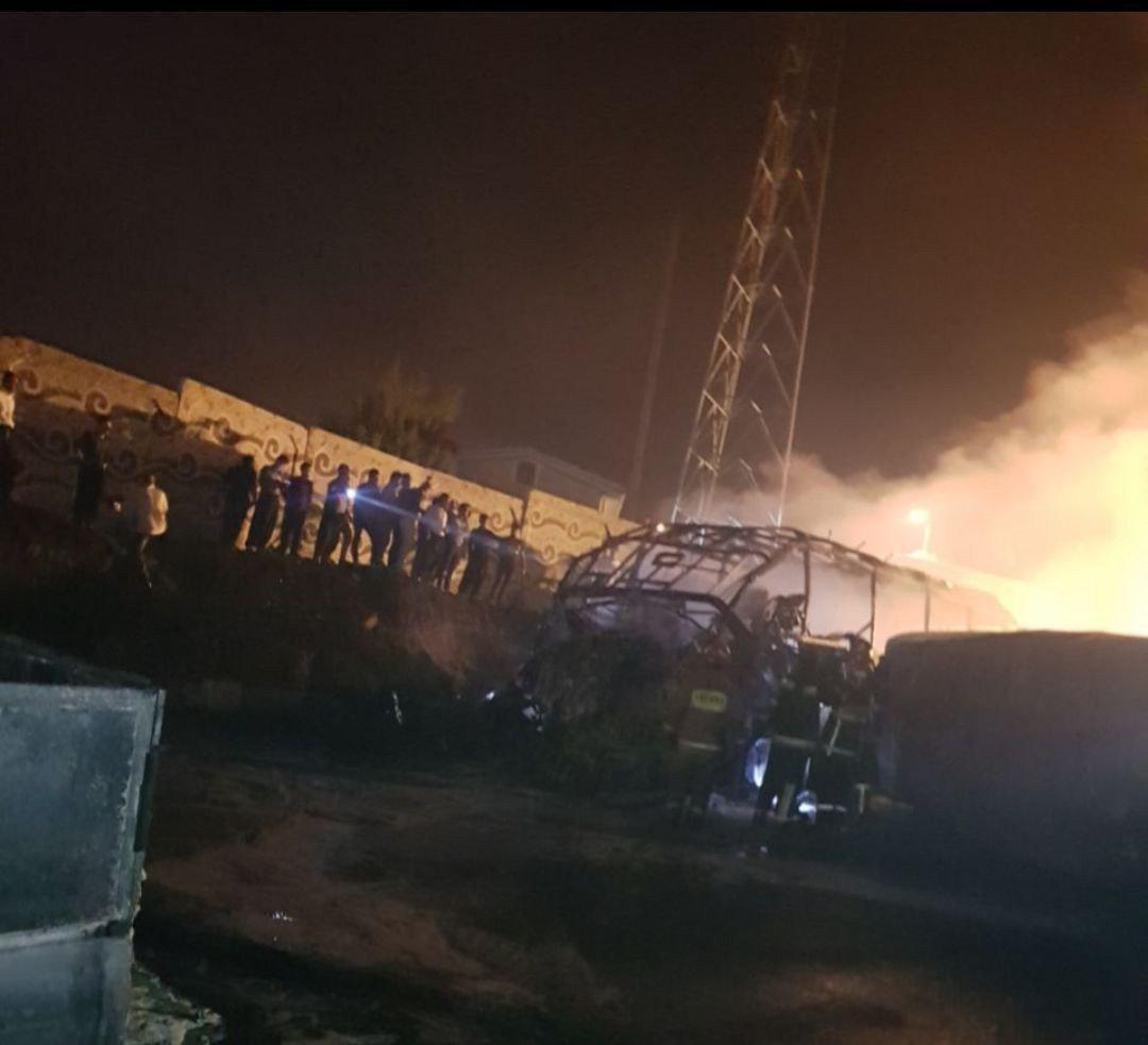 فاجعه در تصادف تانکر حمل سوخت و  اتوبوس در سنندج+عکس