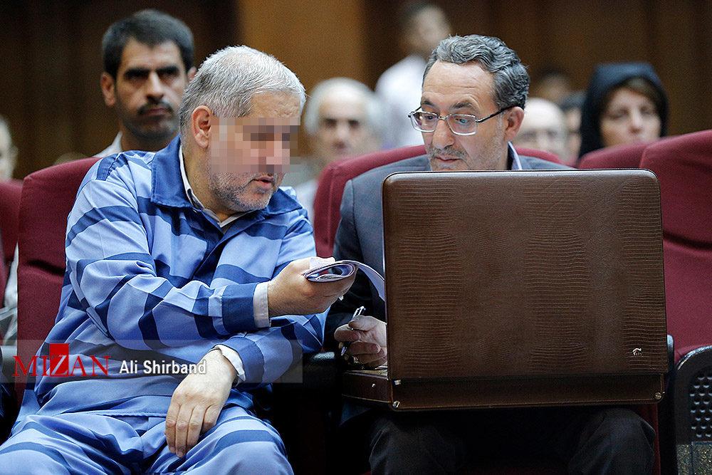 عکس: مدیرعامل ثامنالحجج در لباس زندان
