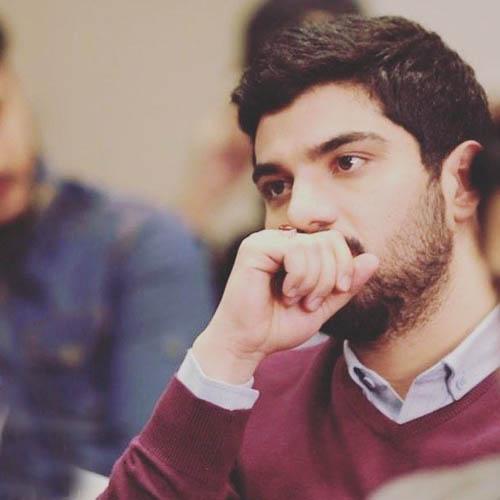 سینا مهراد: خدا را چه دیدید شاید حامد زنده ماند