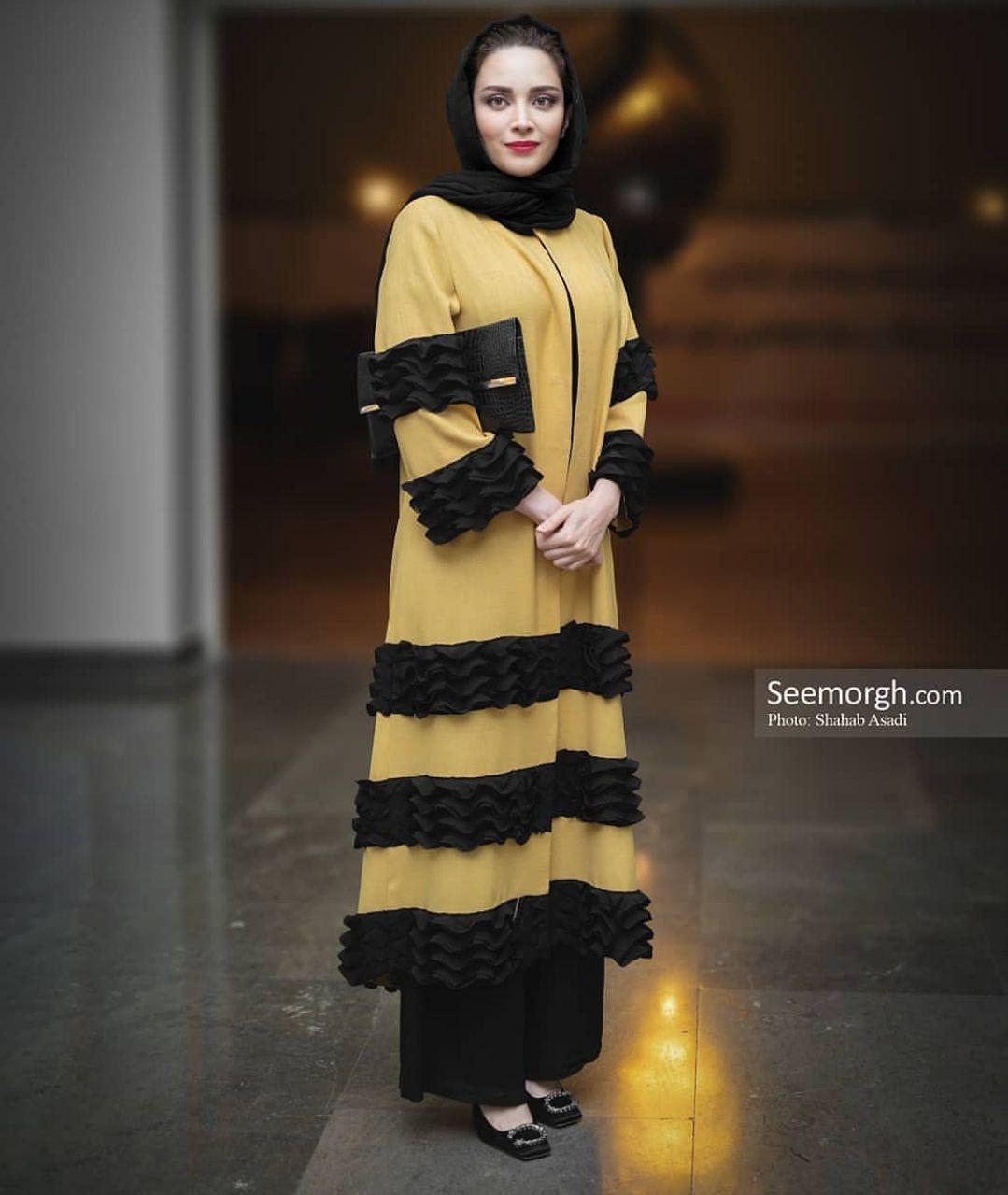 عکس: تیپ زرد و مشکی به سبک «بهنوش طباطبایی»