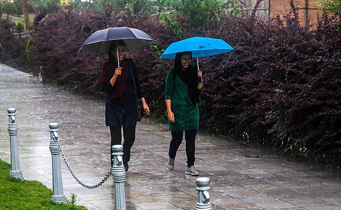 تاسوعا و عاشورا باران میبارد