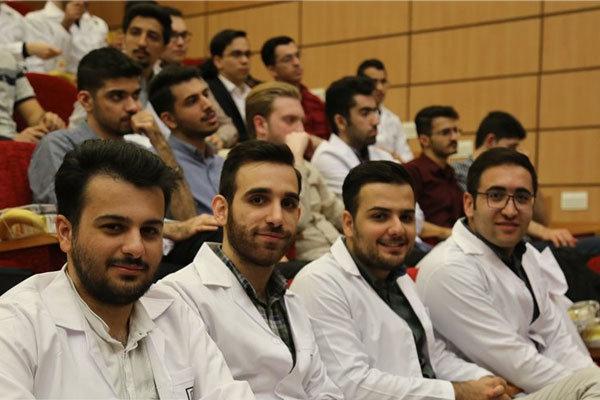 ثبت نام پذیرفته شدگان رشته های پزشکی دانشگاه آزاد از ۲۴ مهر