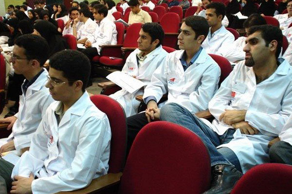 پذیرش رشته های پزشکی دانشگاه آزاد تا ۲۲ آبان اصلاح می شود