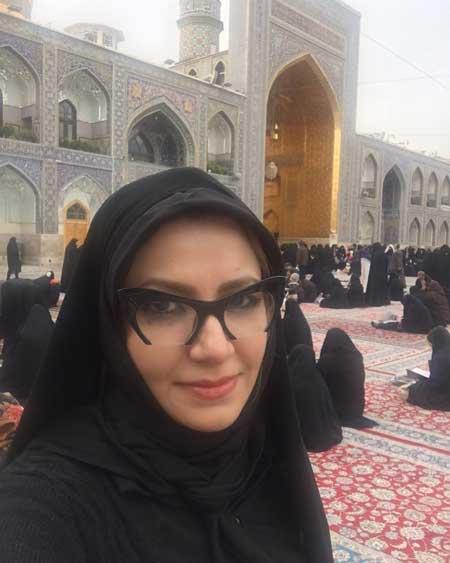 عکس: پوشش ملیکا زارعی در حرم امام رضا (ع)