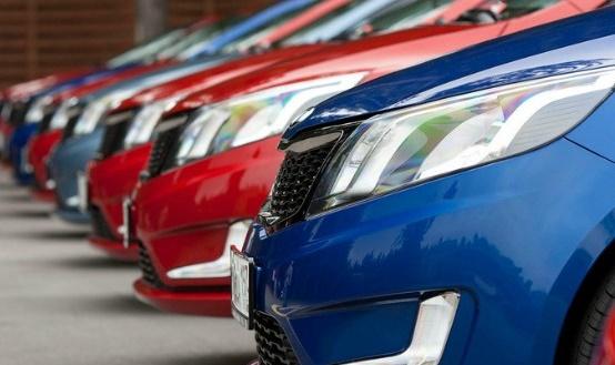 قانونی برای منع واردات خودرو وجود ندارد