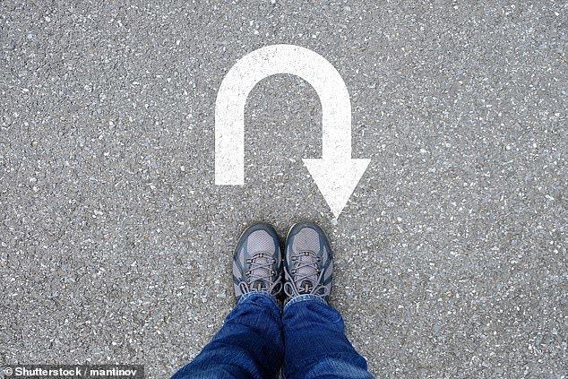 بهبود حافظه کوتاهمدت با تصور راه رفتن به سمت عقب!