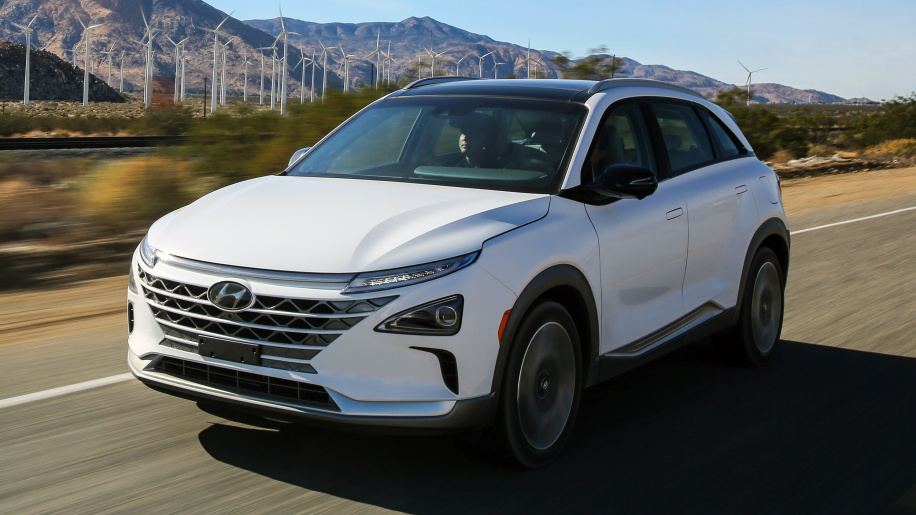 رونمائی از خودروی هیدروژنی هیوندای