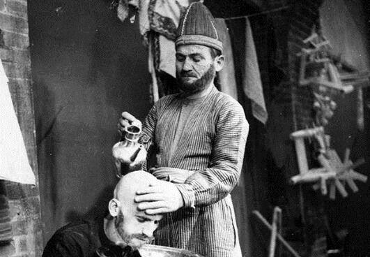 سلمانی دوره قاجار با امکانات لاکچری+ عکس