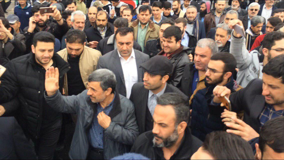 احمدینژاد هم به مراسم ۲۲بهمن آمد +عکس