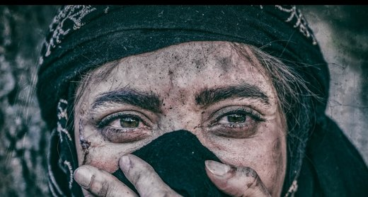 عکس یادگاری خانم بازیگر با جواد عزتی +عکس