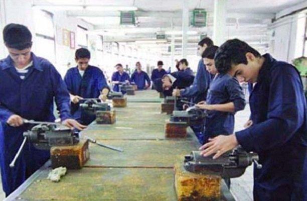 اجرای آموزش «شایستگیهای مهارتی» در دبیرستانها در دست بررسی