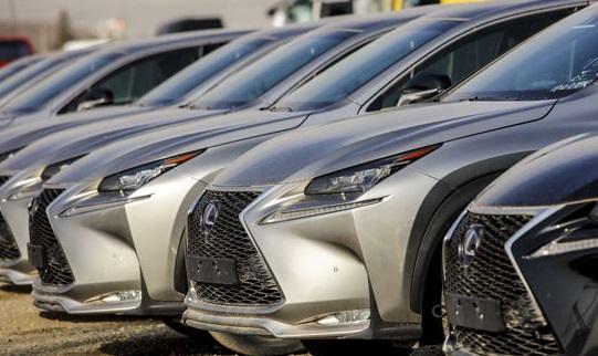 خودروهای میلیاردی در گمرگ دیپلماتیک تهران +عکس