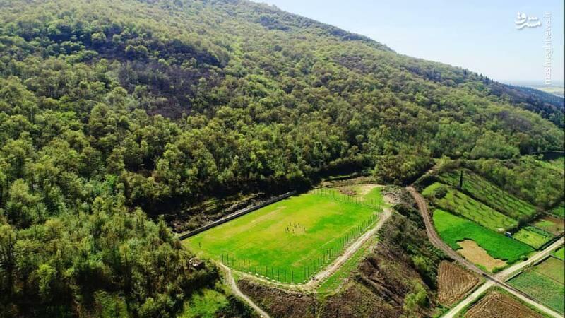 زیباترین زمین فوتبال ایران +عکس