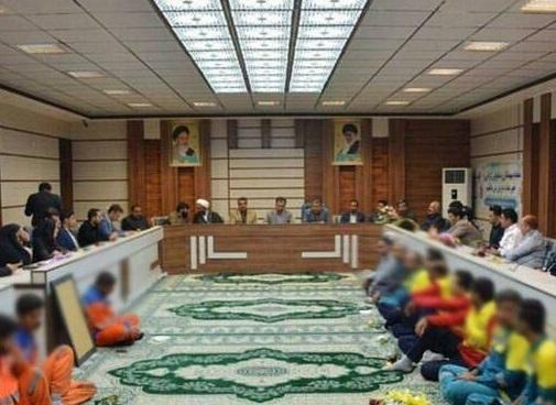 تحقیر پاکبانان در مراسم تجلیل از شهردار +عکس