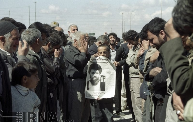 تصاویر تاریخی از تشییع فرزند امام خمینی (ره)