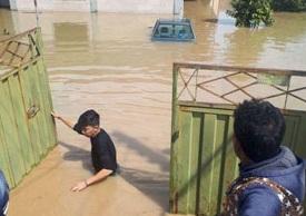 شیوه امدادرسانی به مردم سیل زده آققلا +عکس