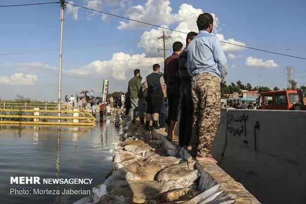 سیلاب به ورودی شهر اهواز رسید +عکس