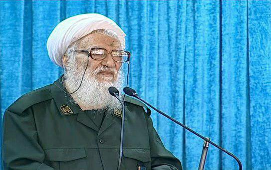 خطیب نماز جمعه امروز تهران با لباس سپاه + عکس