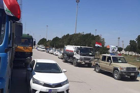 ۴۰۰ تن کمک مردم عراق به سیل زدگان وارد ایران شد +عکس