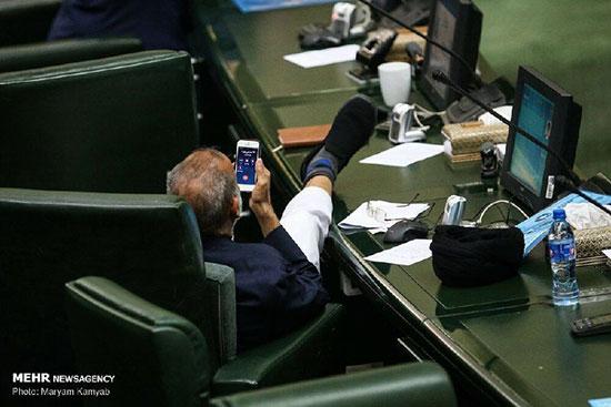 واکنش عجیب نماینده مجلس به عکس جنجالیاش