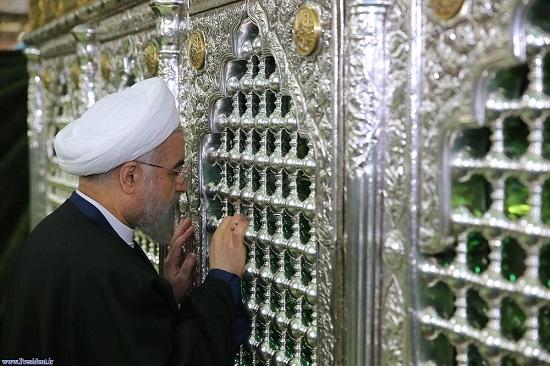 حضور غیرمنتظره حسن روحانی در حرم امام رضا (ع) +عکس