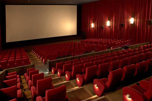 بلیت  سینماها برای روزهای داغ تابستان هر روز نیم بها شد + عکس