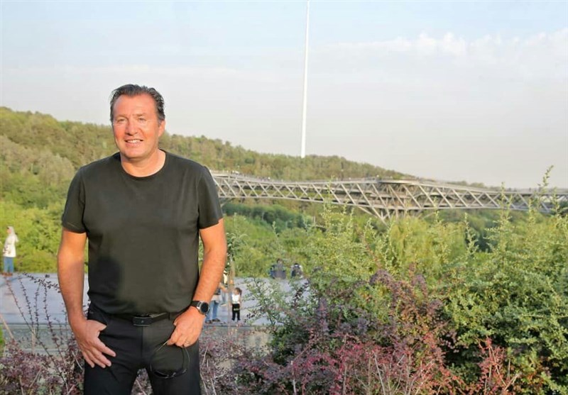 مارک ویلموتس در پل طبیعت +عکس