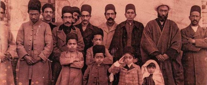 احمدشاه در کنار فامیل و اقوام +عکس