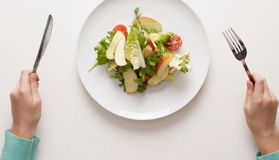 عوارض با استرس غذا خوردن/ ویژگی عادت غذایی سالم