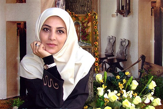 خانم مجری در حال غواصی کردن +عکس