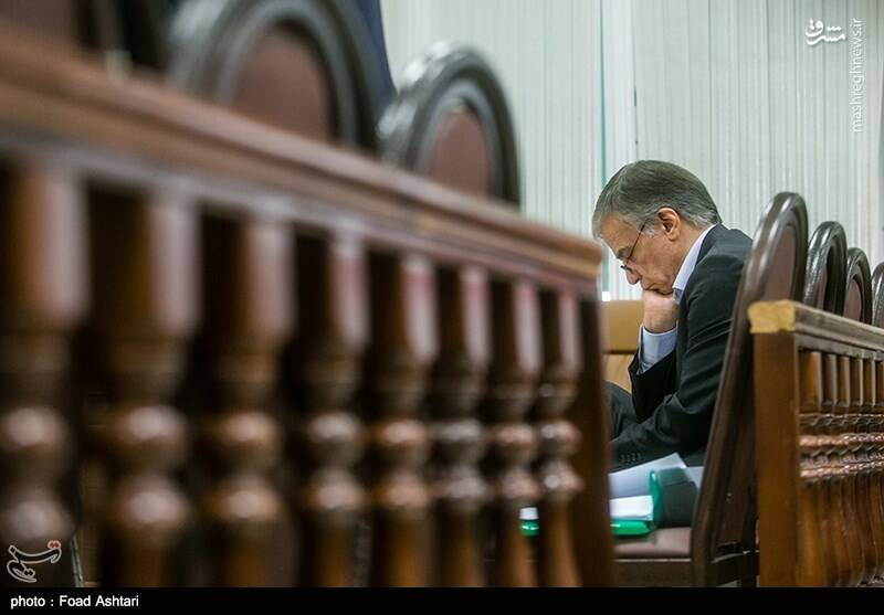 واکنش قاضی صلواتی به تقلب رساندن متهمان در دادگاه +عکس