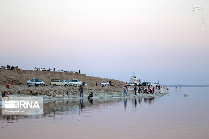 حال خوب دریاچه ارومیه +عکس
