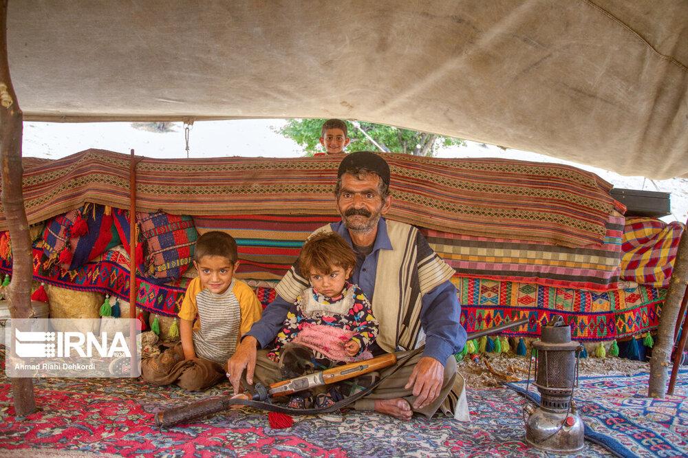 زندگی زیبای عشایر بختیاری در روزهای پاییزی +عکس