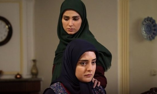 ستایش همراه دختر و دامادش در پشت صحنه سریال+عکس