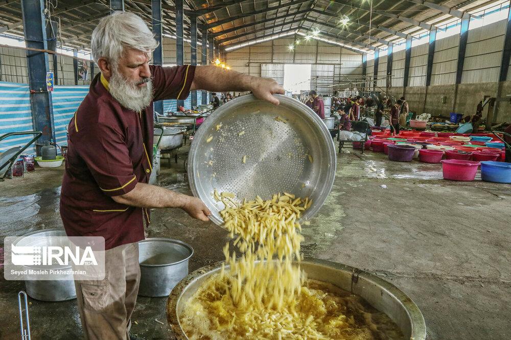 آشپزخانه آستان قدس در مرز مهران +عکس
