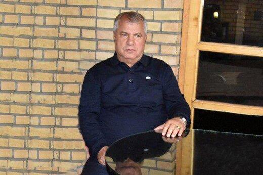 مراسم عزاداری اربعین در منزل مدیر لیگ فوتبال به صرف آبگوشت +عکس