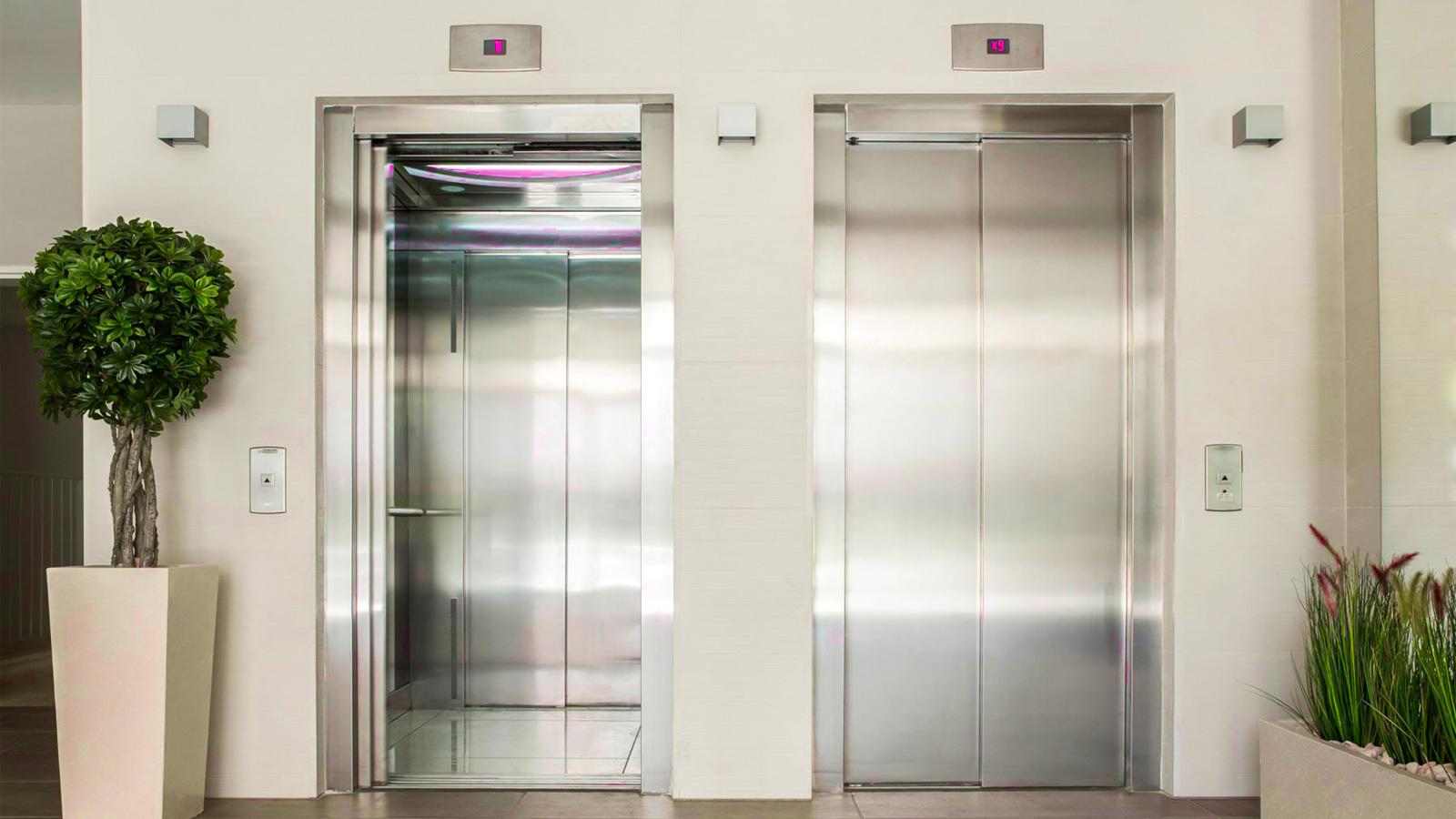حاضرم بمیرم ولی توی این آسانسور نرم! +عکس
