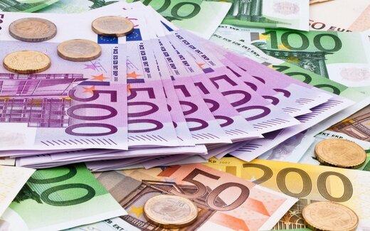 دلار به مرز روانی نزدیک شد +جزئیات