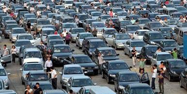 تصویر جعلی اعتراض مردم به گرانی بنزین +عکس