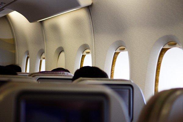 تعطیلی آژانسهای فروش بلیت با قطع اینترنت/انفعال سازمان هواپیمایی