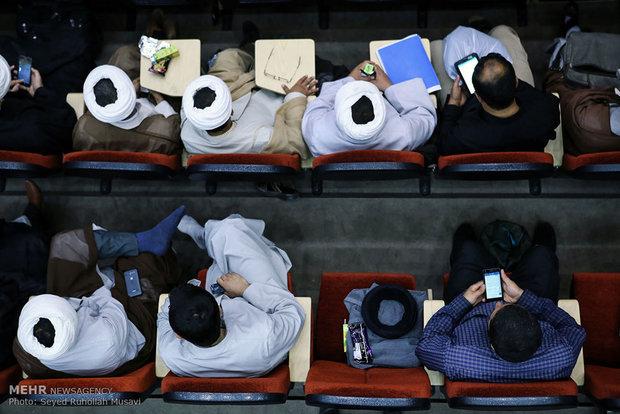 دوره سواد رسانهای در مدرسه علمیه امام خمینی(ره) برگزار میشود